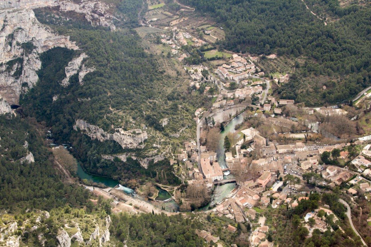Fontaine de Vaucluse vue aérienne 79