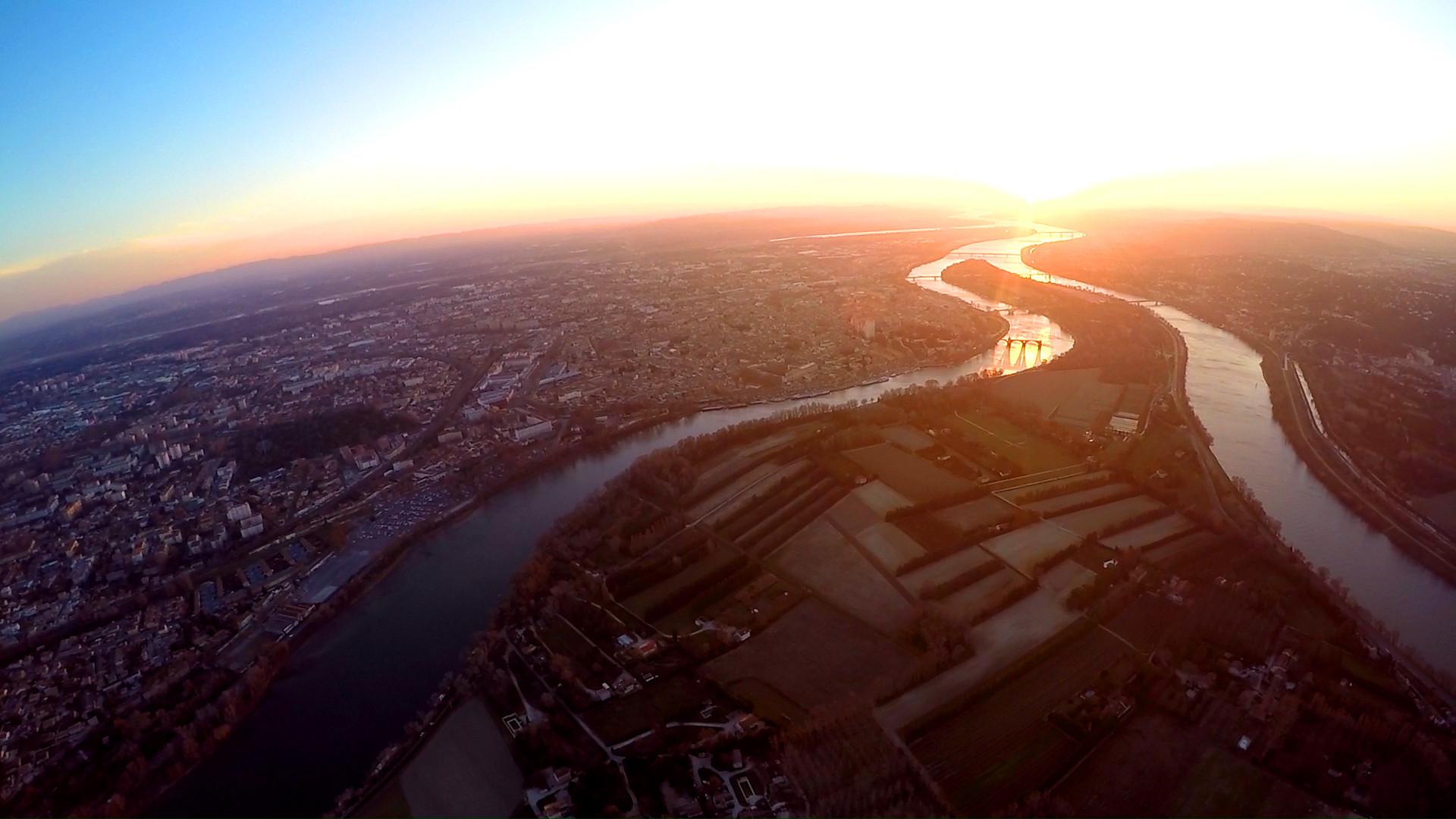 Avignon couché de soleil vue aérienne